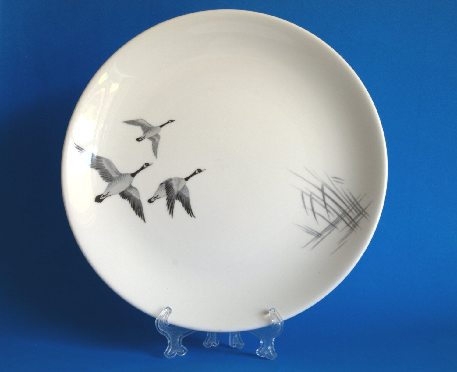 Johnson of Australia Flying Geese Dinner Plate - Johnson Brothers Goose Plate - 1950s - Made in Australia & Johnson of Australia Flying Geese Dinner Plate - Johnson Brothers ...