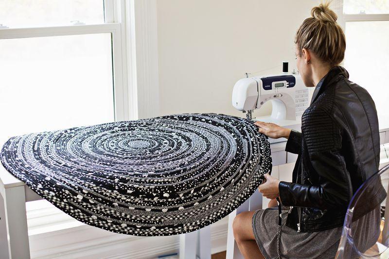 tapis rond en tissu tutoriel gratuit