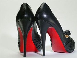 do prada shoes have red bottoms