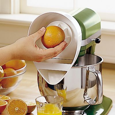 KitchenAid Stand Mixer Citrus Juicer Attachment $35.00 never use mine, i find he put too much drops all around
