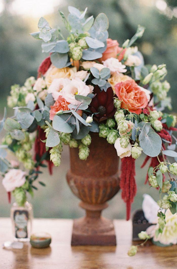 Gorgeous arreglos de mesa de comedor pinterest for Rosas de decoracion
