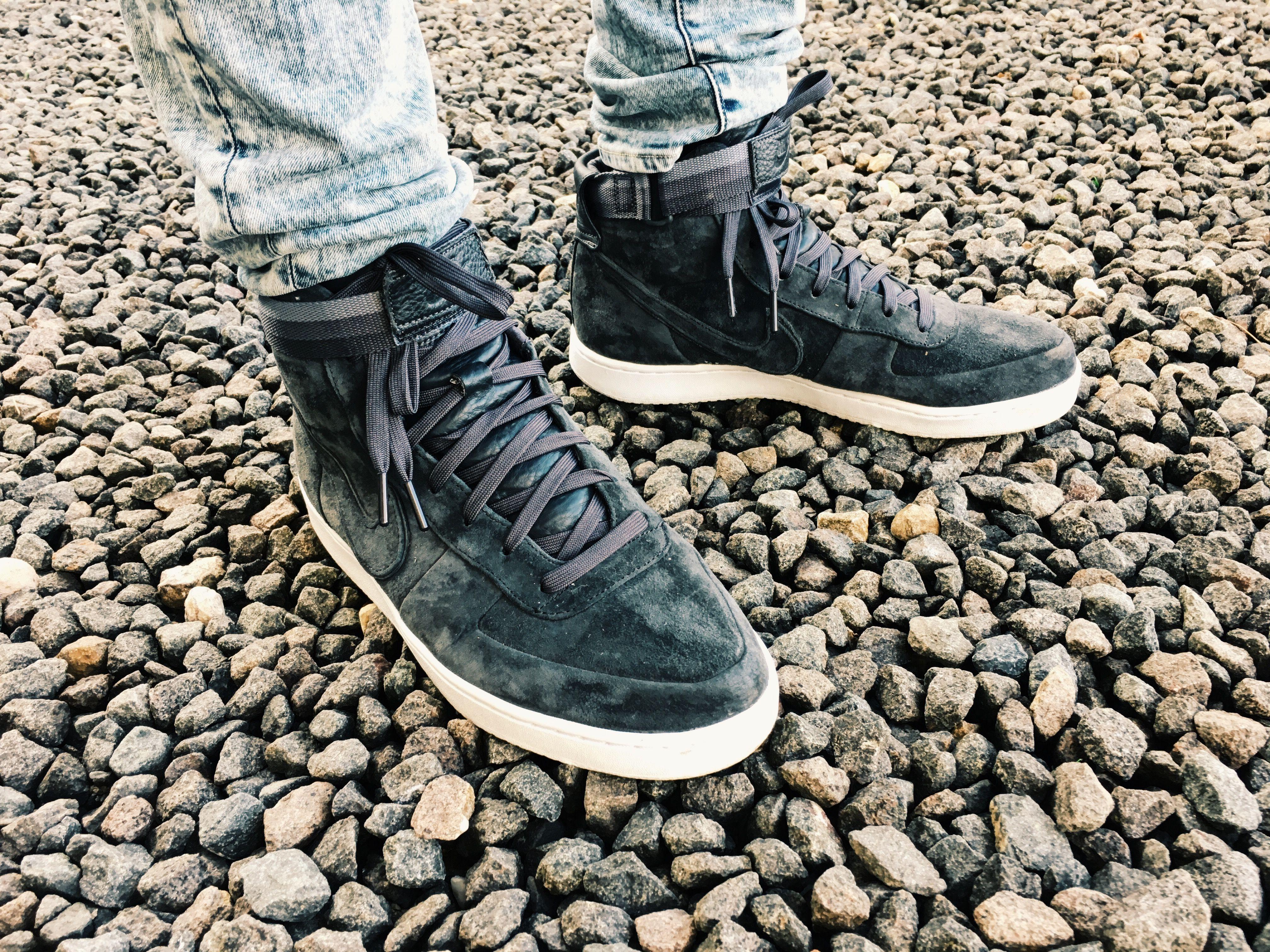 NIKE x John Elliott Vandal High PRM Anthracite on feet