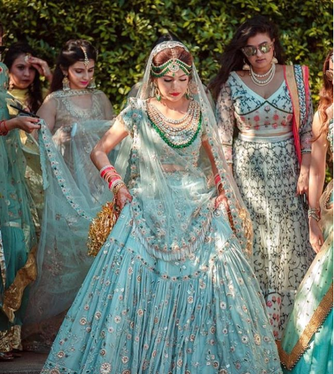 Here S A List Of Some Of The Best Wedding Dress Designer Boutiques In Mumbai Indianw Indian Bridal Outfits Indian Wedding Outfits Best Indian Wedding Dresses