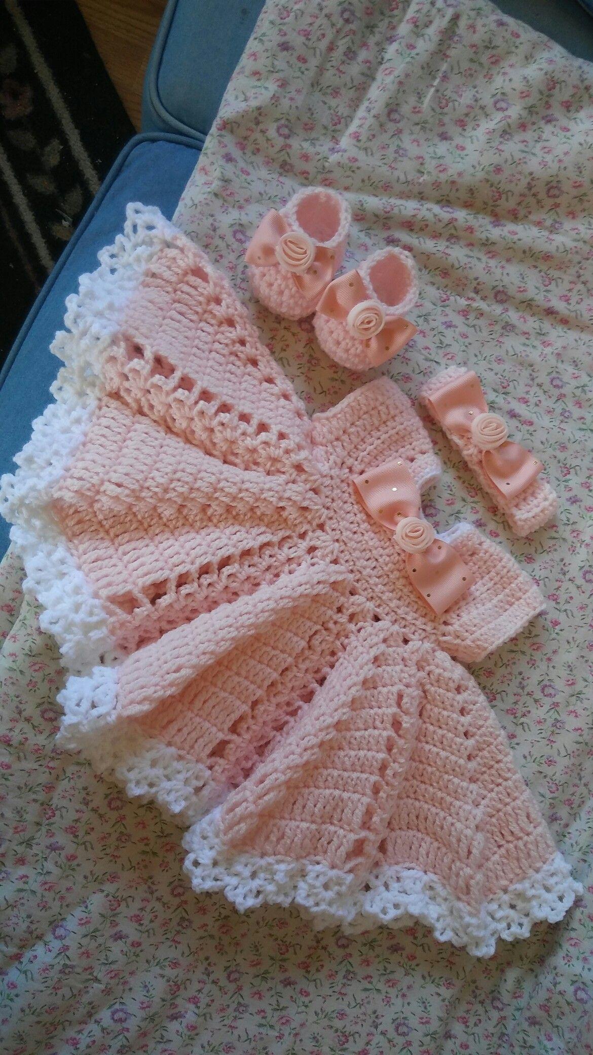 Pin von TheCrochetBug auf Baby crochet | Pinterest | Babysachen ...