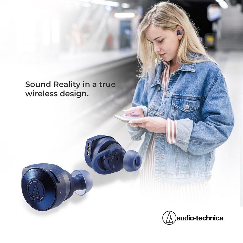 Audio Technica Ath Ckr7twbk True Wireless In Ear Headphones Black In 2020 In Ear Headphones Audio Technica Wireless In Ear Headphones