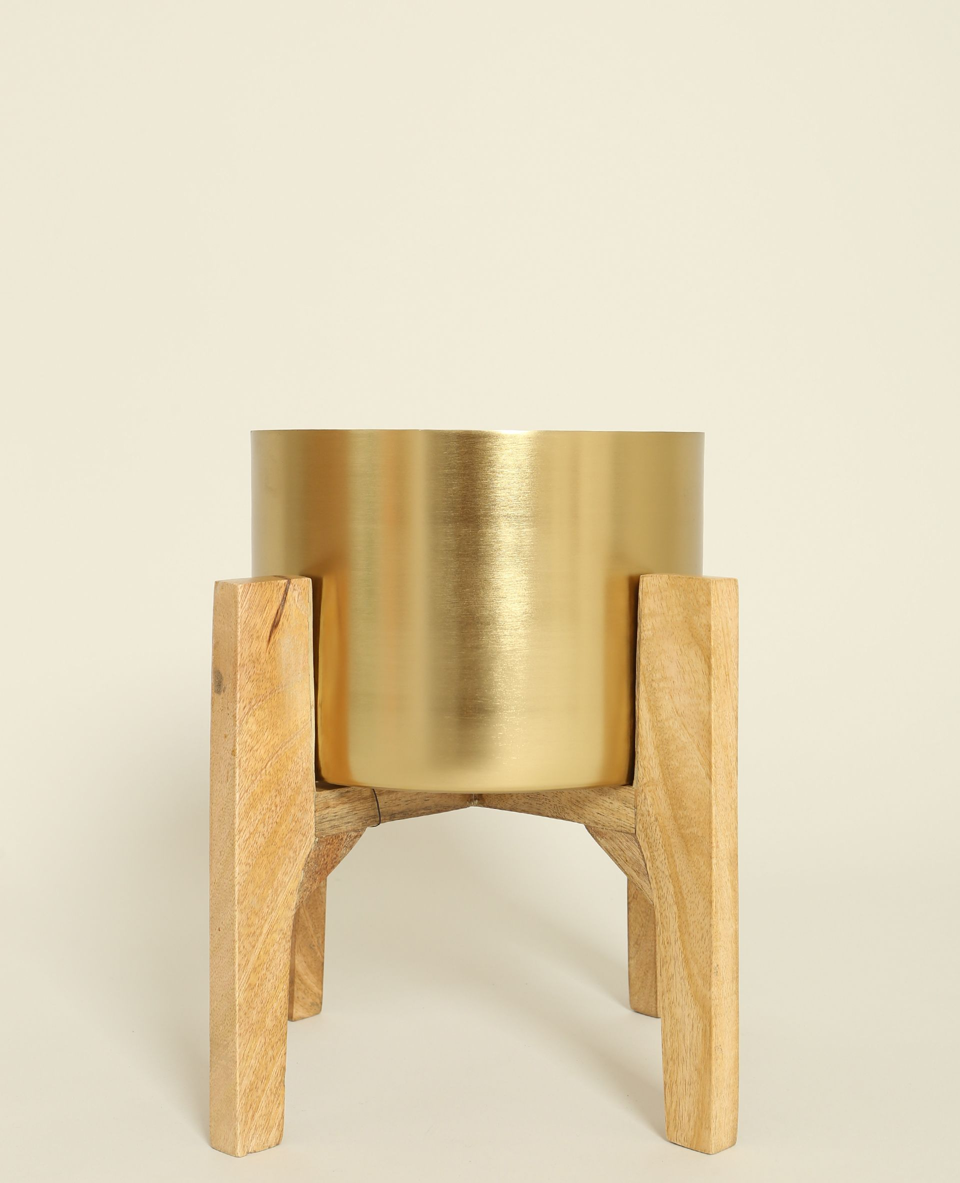 Grand Vase Sur Pieds En Bois Coup De C Ur Pour La Version Bois E  # Secretaire Scandinave Rangement Multi Taille