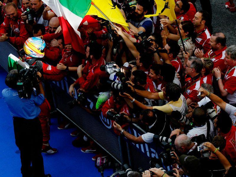 MALAYSIAN GP RACE PICTURES Malaysian grand prix, Racing