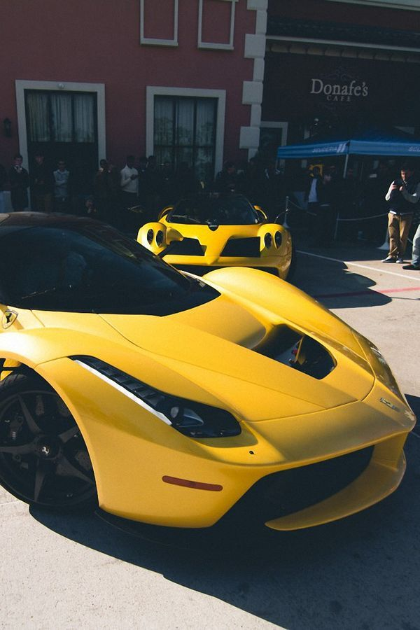 Cars FERRARI LAFERRARI YELLOW