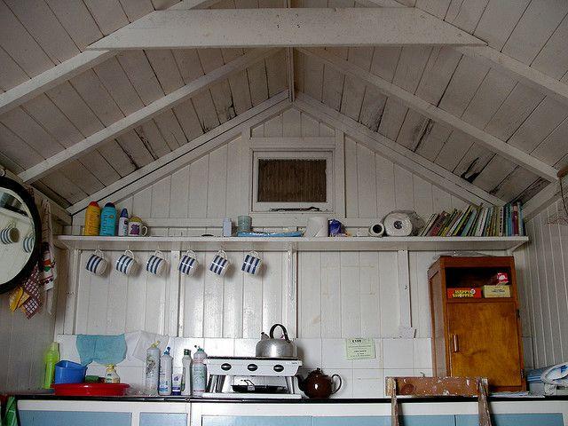 die besten 25 strandh tte innen ideen auf pinterest strandh tte dekor strandh tten und. Black Bedroom Furniture Sets. Home Design Ideas