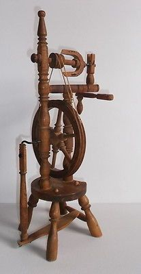 Lovely Vintage Antique Small Wooden Display Spinning Wheel Working Spinning Wheel Antiques Antique Sewing Machines