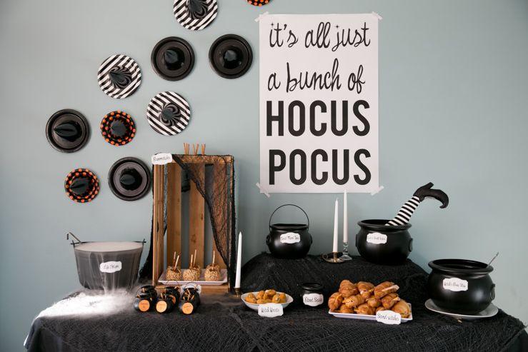 How to Throw a Hocus Pocus Halloween Party Hocus pocus, Halloween - halloween movie ideas