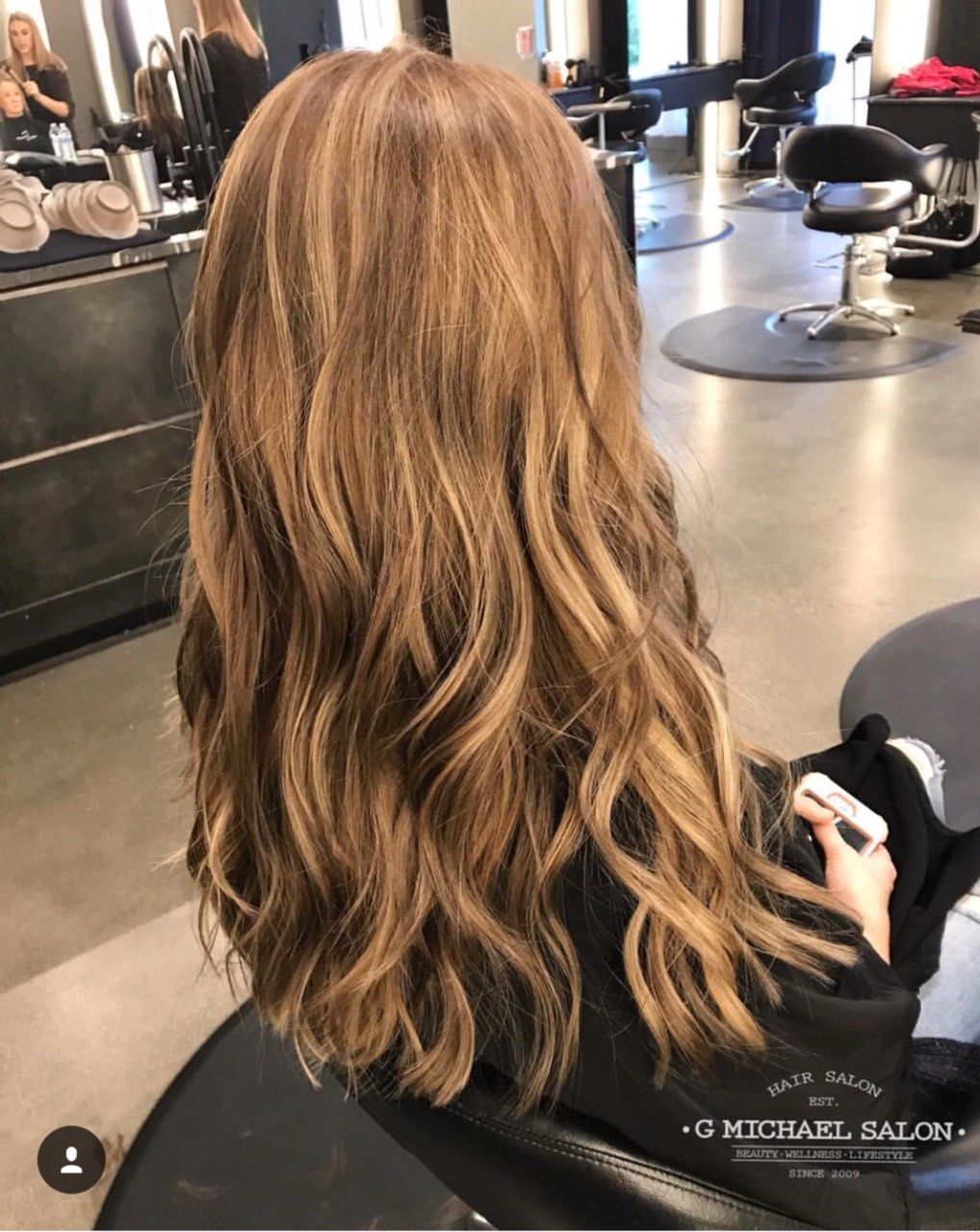 Traditional Bronde Highlights By The Design Team At G Michael Salon Indy S Premier Oribe Salon Indy Indyhair Carm Cool Hairstyles Best Hair Salon Hair