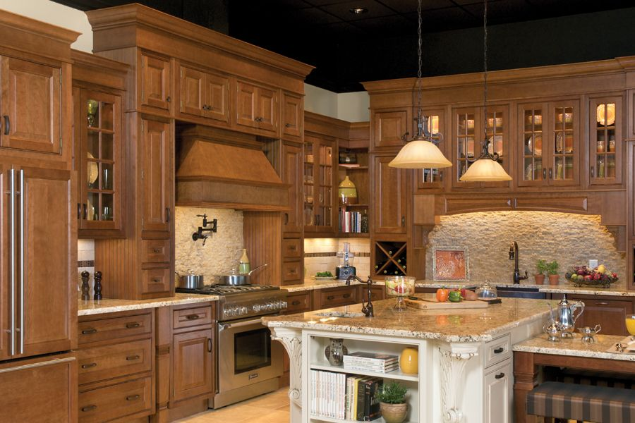 Kitchen, Bath And Closet Cabinetry By Wellborn Cabinet, Inc. This Kitchen  Can Be Seen In Person In The Coast Design Showroom In Mobile, Alabama.