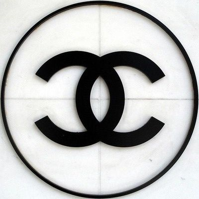 . chanel . The most followed group board on Pinterest dedicated exclusively to authentic CHANEL product.