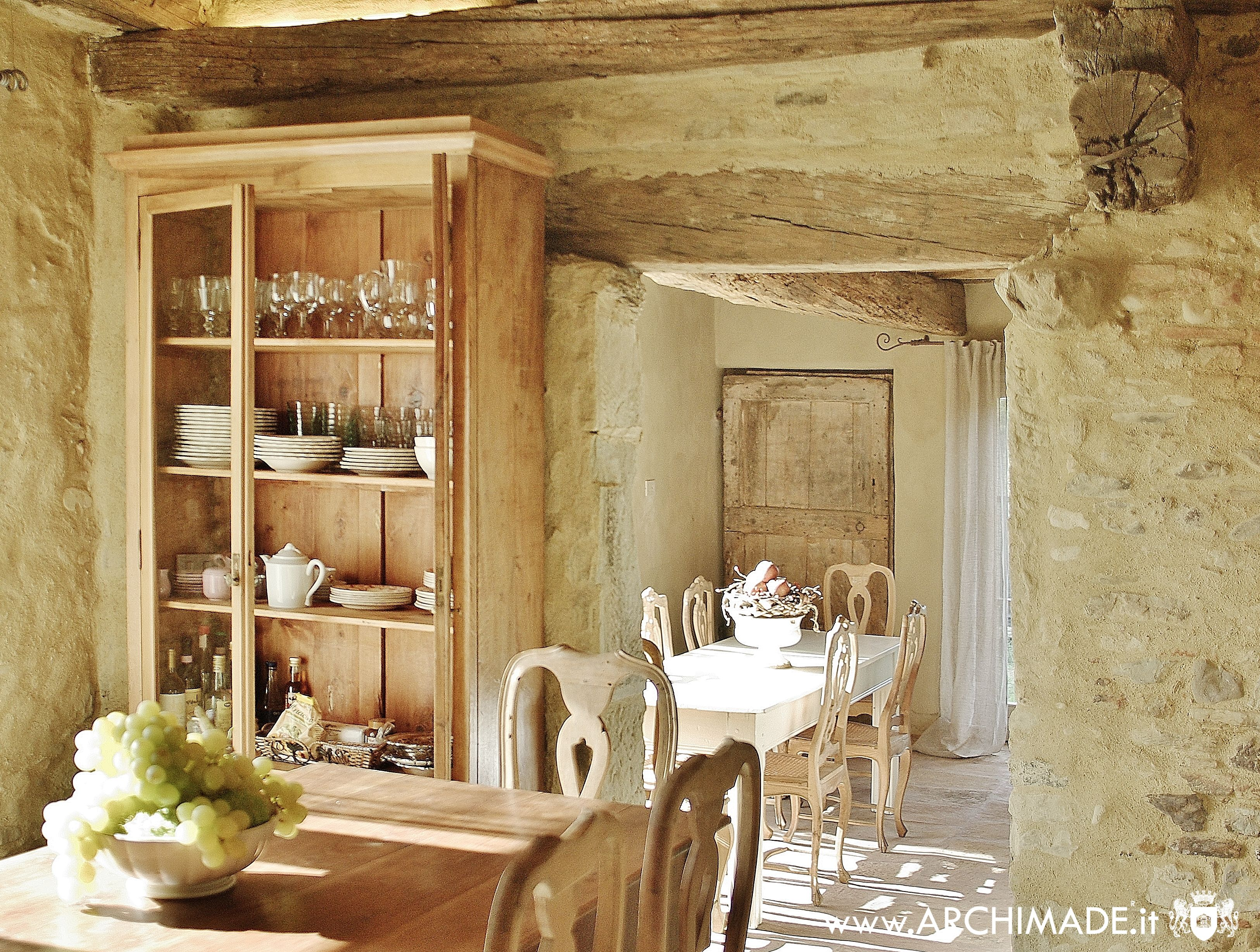Tuscany interiors by c o u n t r y d i n for Arredamento rustico italiano