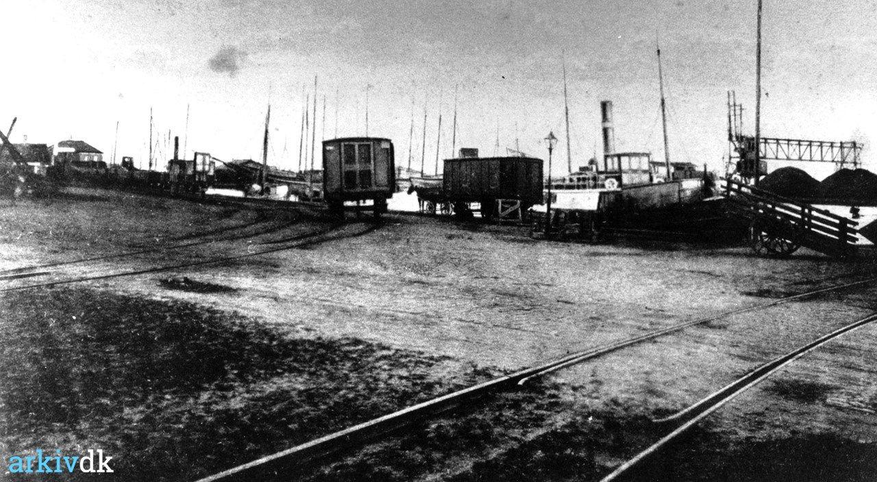 arkiv.dk   Bandholm, havneparti Postkort