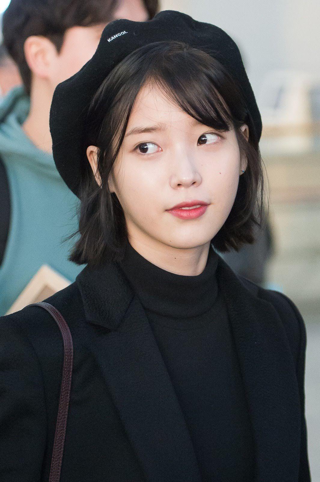15 Female Idols Who Prove Short Hair Is Beautiful Koreaboo Iu Short Hair Asian Short Hair Shot Hair Styles
