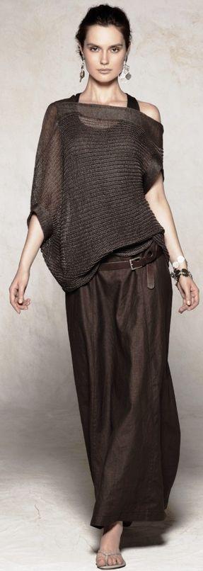 Sarah Pacini fashion consciousness - Cool brown trouser