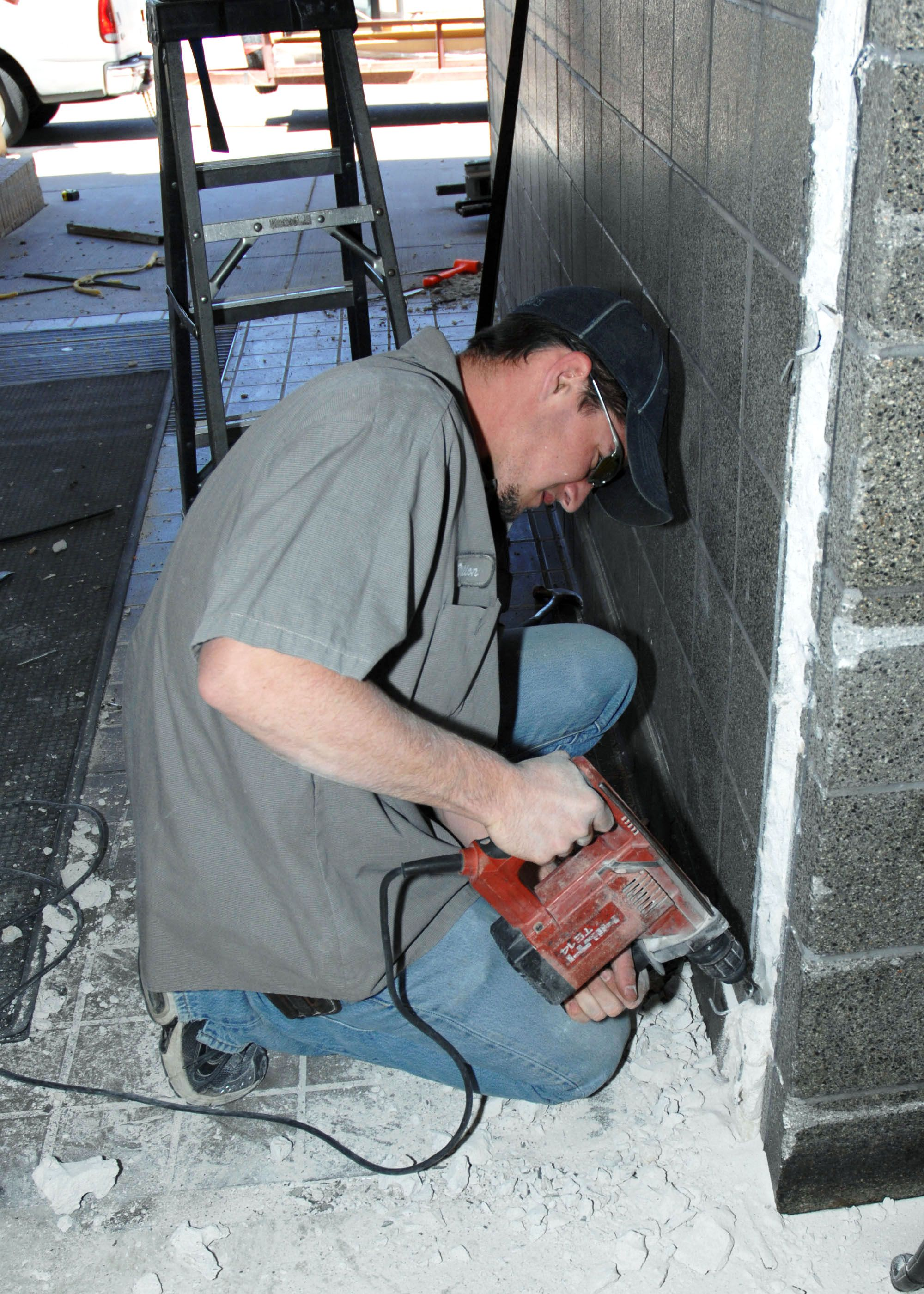 Commissary gets spruced up > Cannon Air Force Base