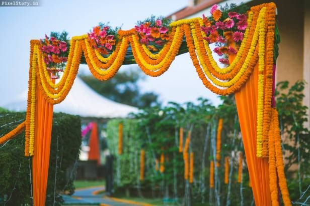 Decorate Your Wedding House With Flower Decor