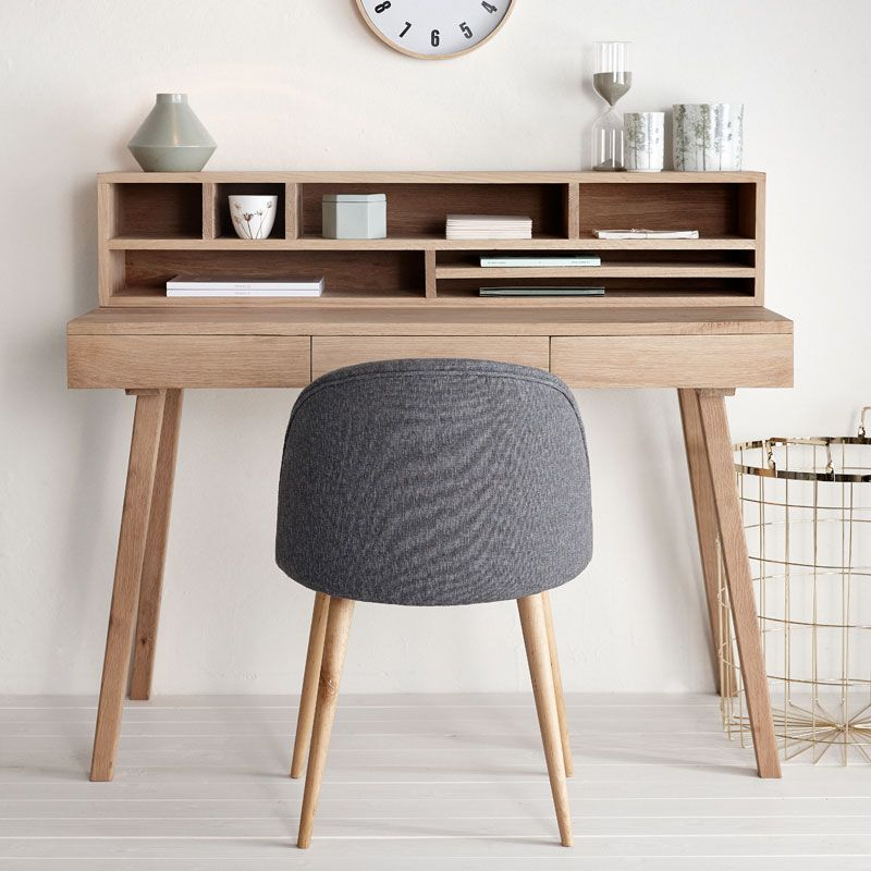 schreibtisch aus eiche mit drei sch ben h bsch interior arbeitspl tze und schreibtische. Black Bedroom Furniture Sets. Home Design Ideas