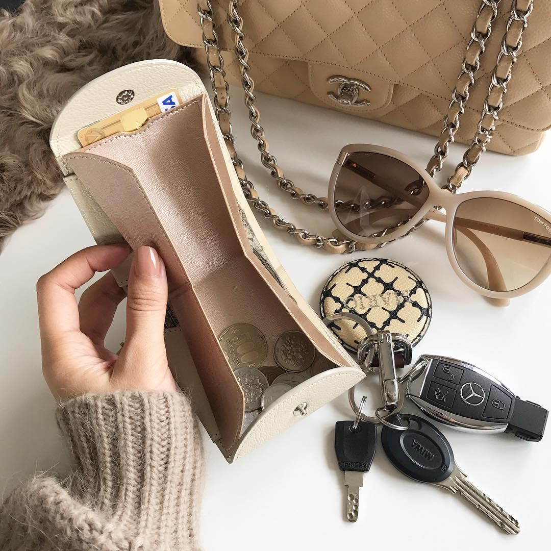 バッグに入らない を解消 テイスト別 オトナ可愛いミニ財布 Locari ロカリ ミニ財布 ミニバッグ 財布