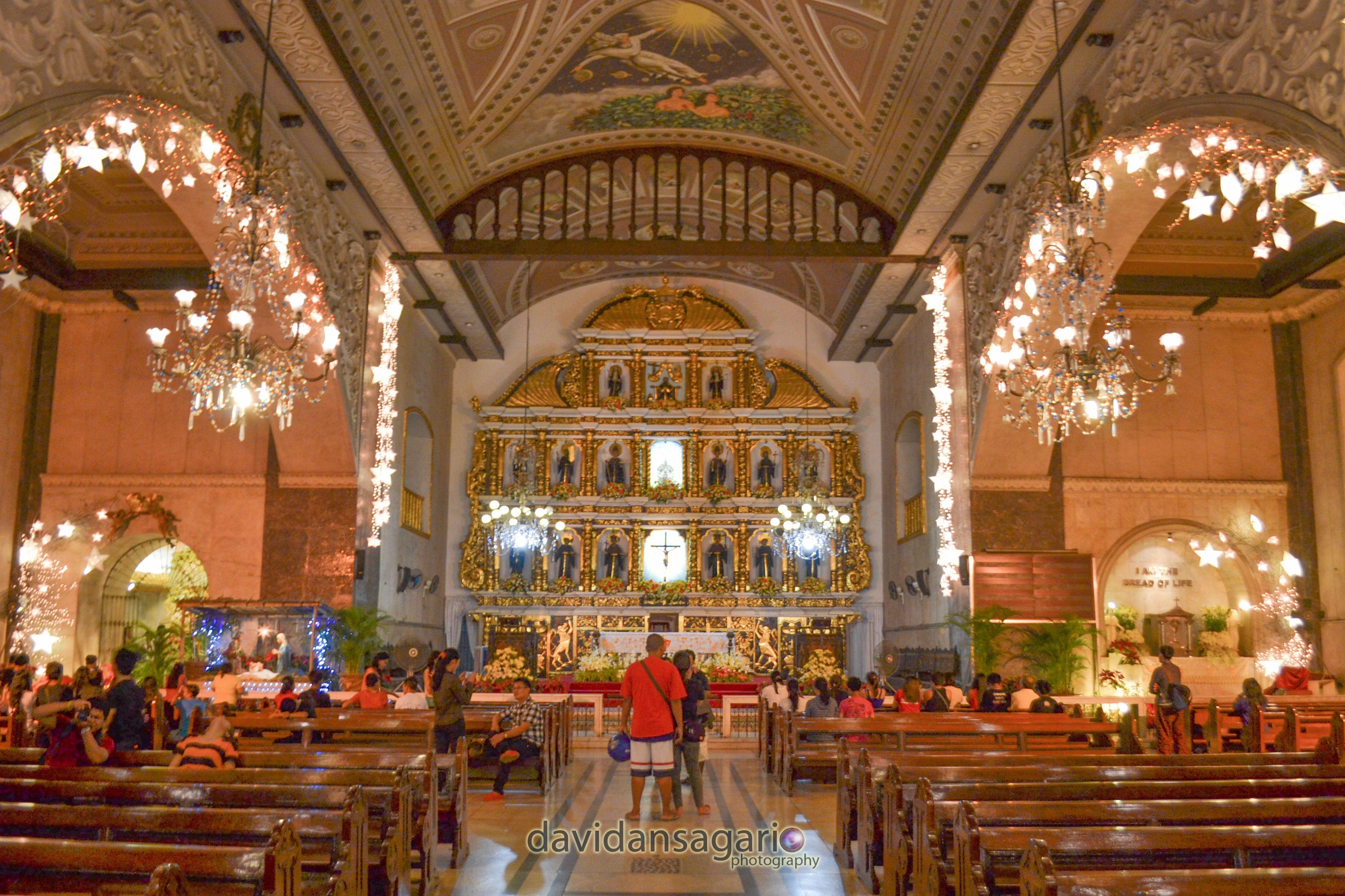 the inside of the basilica minore del sto niño cebu city
