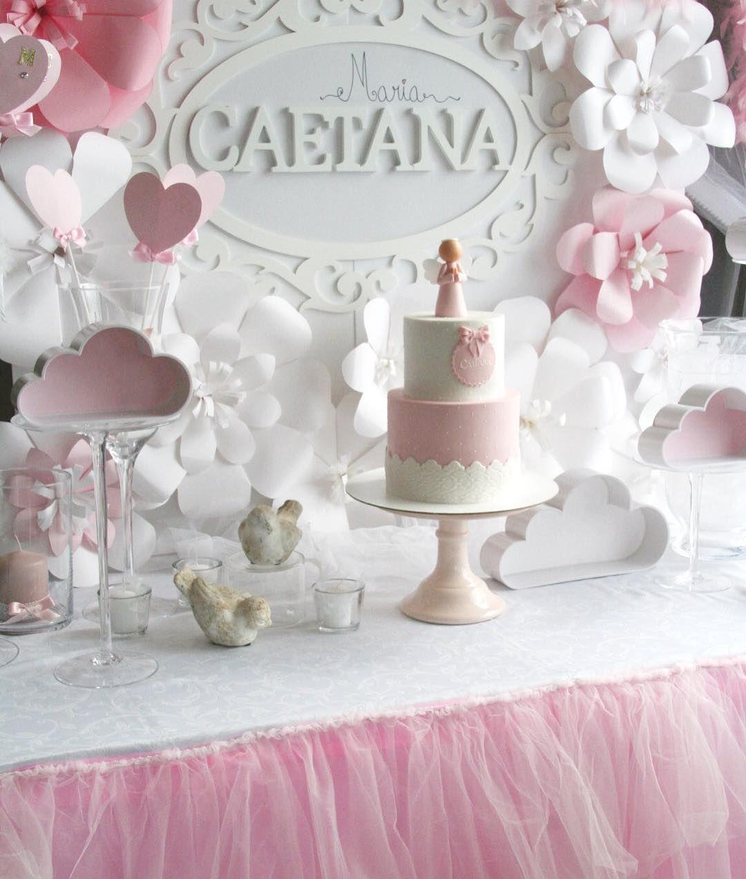 Os bolos nas mesas são outra história... E que mesa 🙌🏻 #flordetalco  Obrigada pela partilha 😘