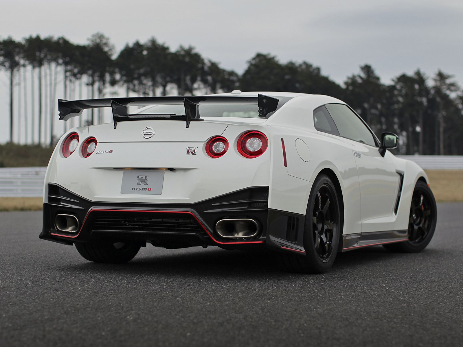 2014 nismo nissan skyline gt r r35 2014nismonissanskylinegtr japan cars pinterest nissan. Black Bedroom Furniture Sets. Home Design Ideas