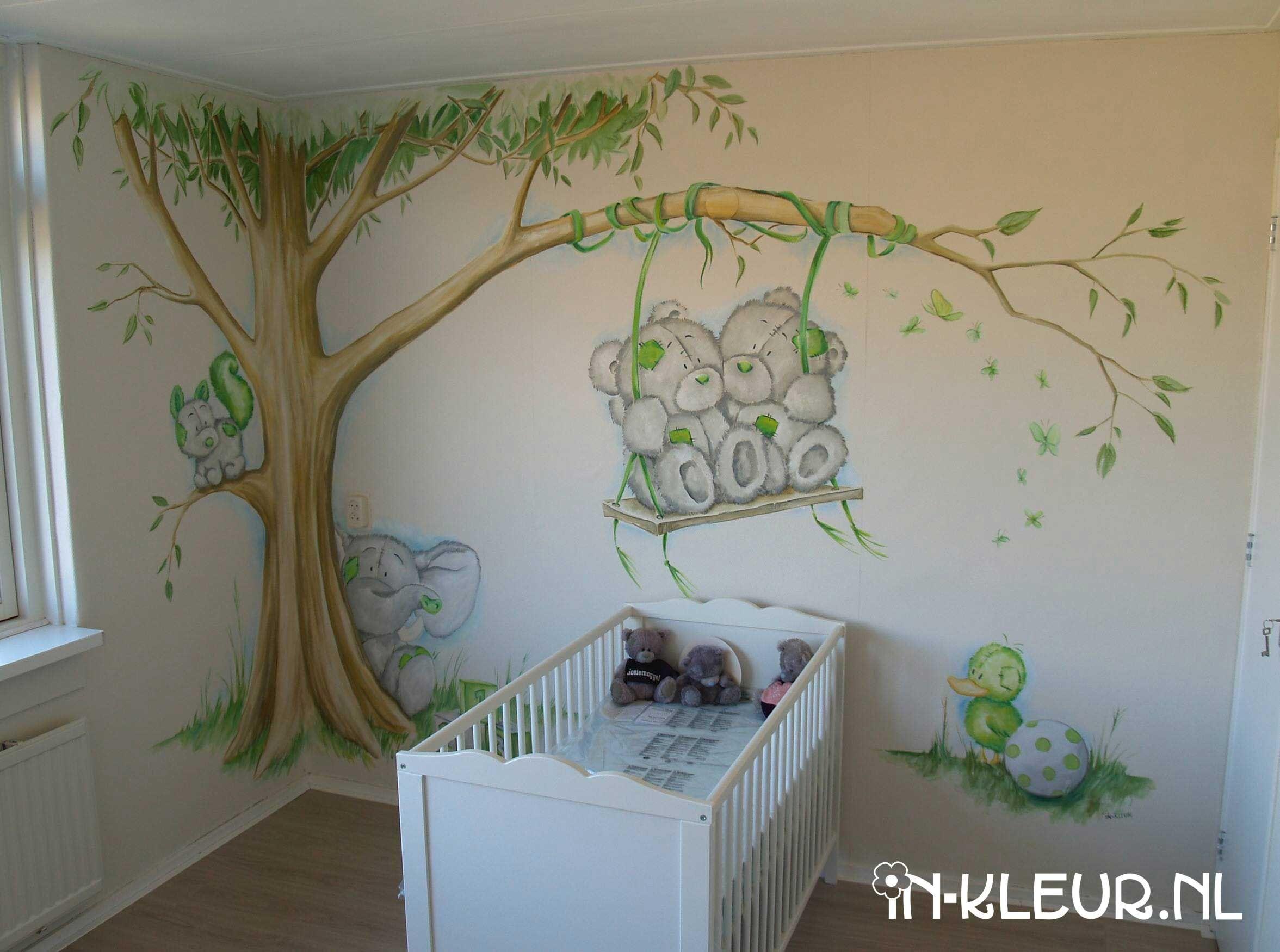 Babykamer muurschildering orsetti per bambini for Decorazioni pareti cameretta neonato