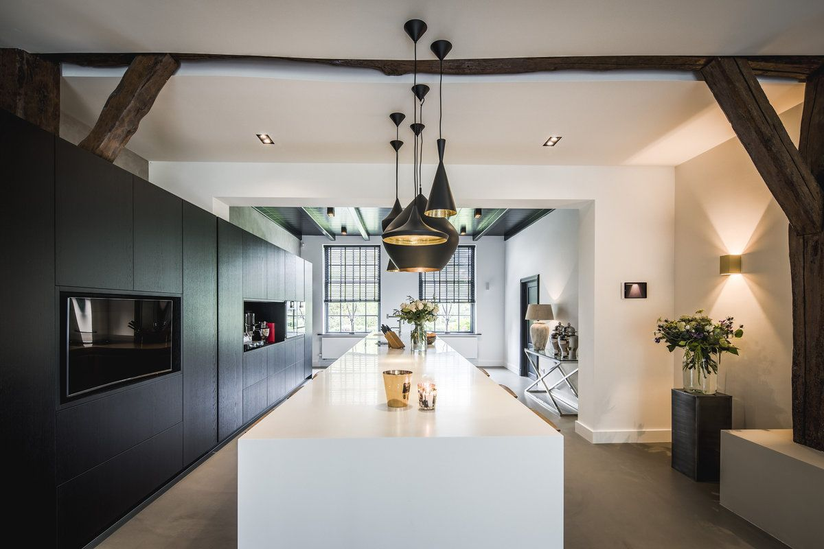 Interieur metamorfose authentieke boerderij kitchen suelos