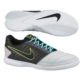 Nike Fc247 Gato Ii Indoor Soccer Shoes Feature Leather For A Soft Touch On The Ball Get Yours Zapatillas De Futbol Sala Botas De Futbol Nike Zapatos De Futbol