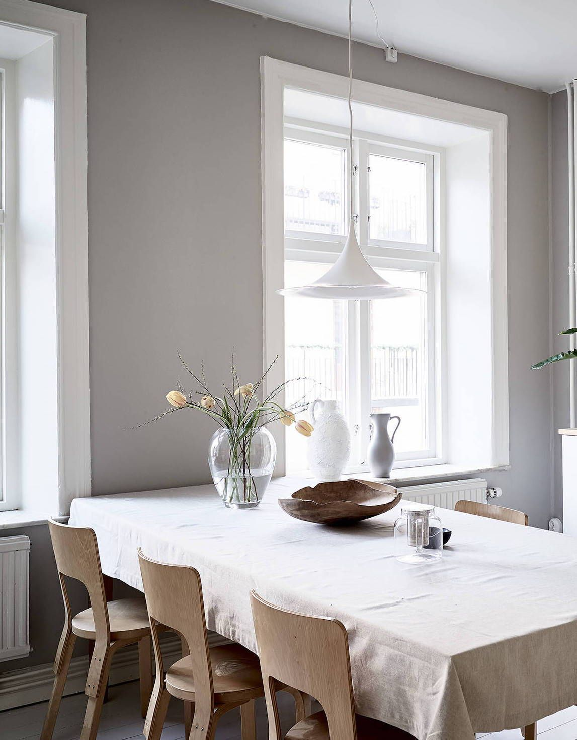 A cozy home with greige walls | Esszimmer, Inneneinrichtung und ...