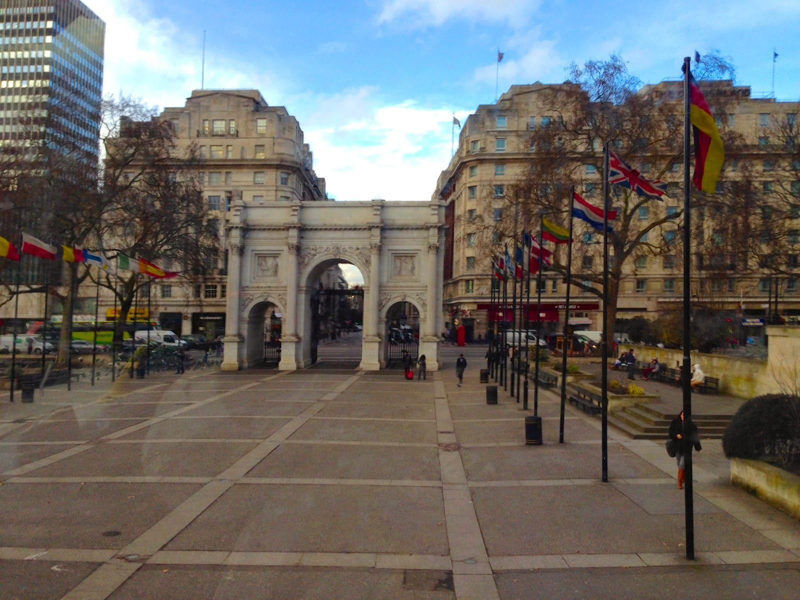 Côte d'Azur: Viagens, hotéis, restaurantes, passeios, compras, viver na França: Oxford Street e lojas de departamentos - Londres