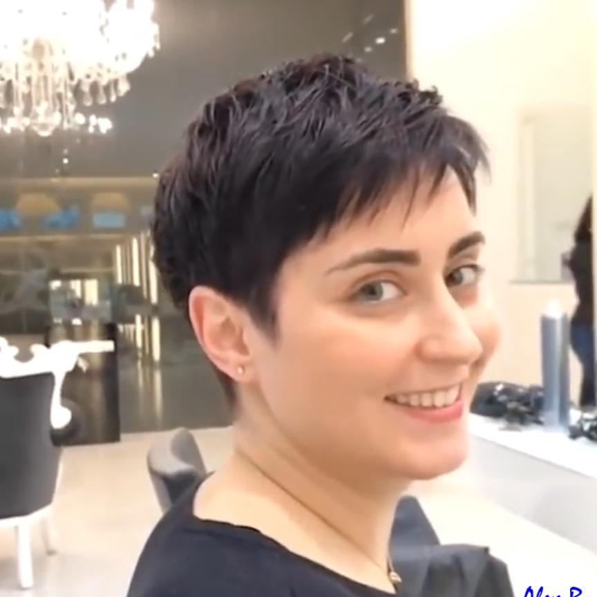 Woman pixie haircut №1