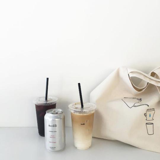 @kamplainnn ❃ coffee photography simple tumblr