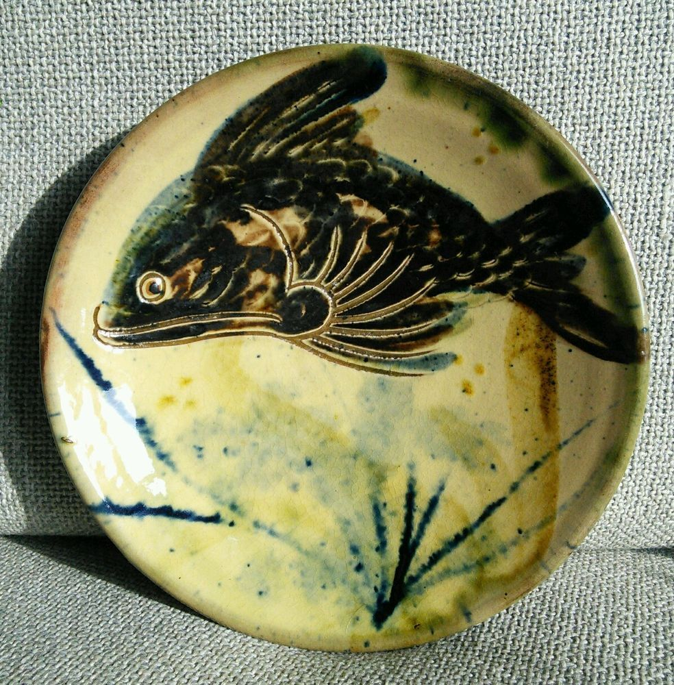 Vintage Studio Pottery Wall Plate with Fish decoration signed ...
