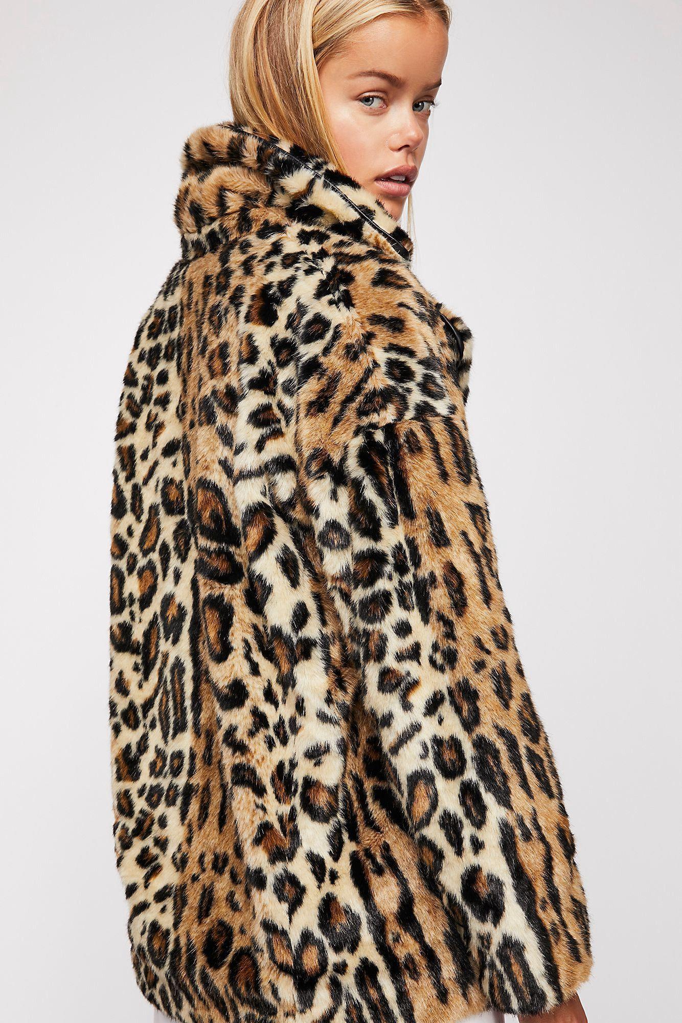 3df3c33b98e2 Free People Kate Leopard Coat - XS
