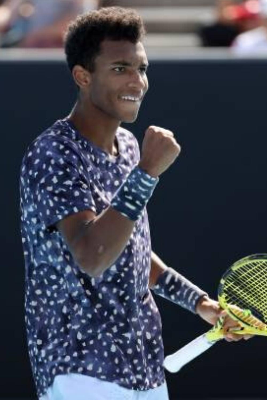 Felix Auger Aliassime S Tennis Racquet 2020 Babolat Pure Aero Felix Auger Aliassime Parents In 2020 Tennis Players Tennis Racquet Tennis