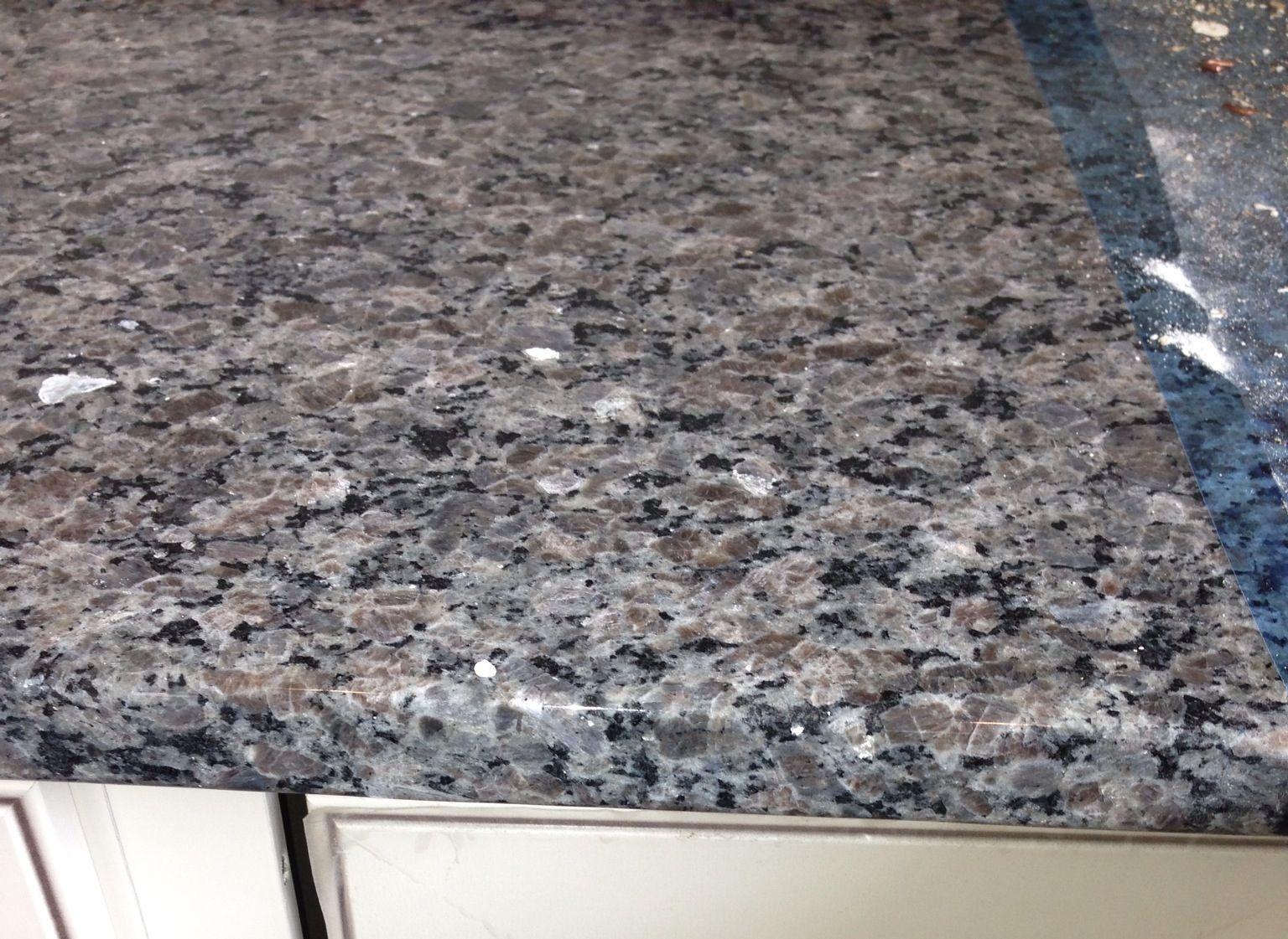 New Caledonia Granite At Model With