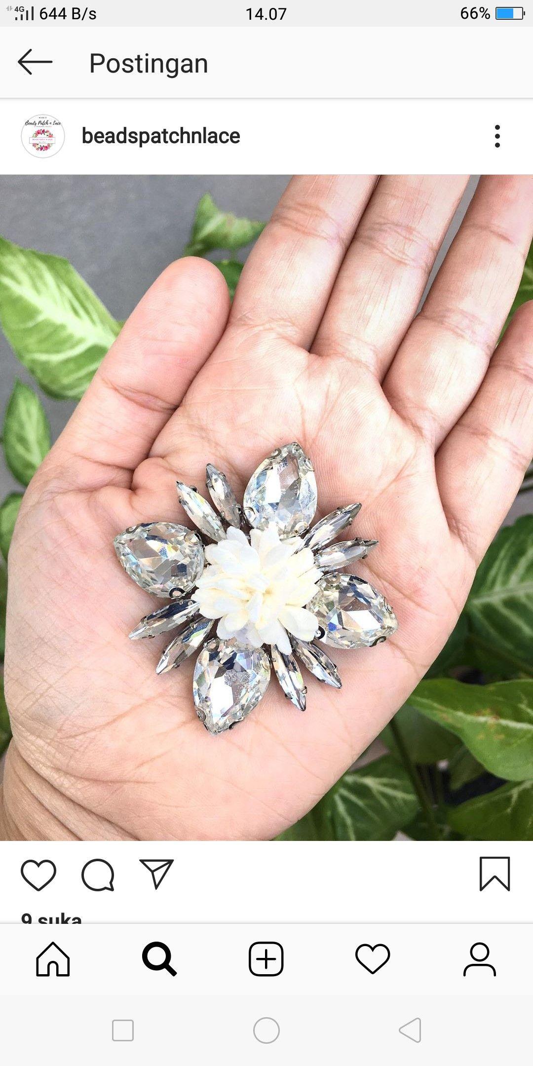 Pin By Iislupitawati Iislupitawati On Lace Riben Shoes Engagement Rings Floral Rings Jewelry