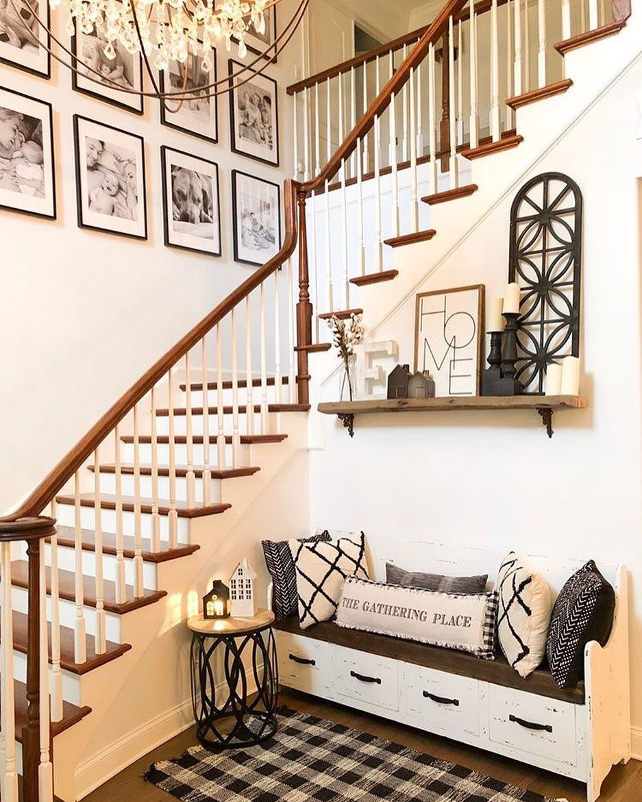 Farmhouse Fanatics On Instagram Tag A Friend Who Would 𝓈𝓌𝑜𝑜𝓃 Over This Entryway Bonnie Engle Use Farmhousefan Home Decor Home Farmhouse