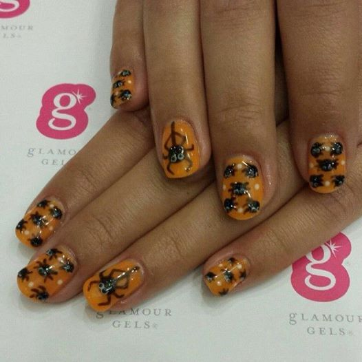 Are your nails ready for Halloween? #spiders #halloweennails #nailart #glamourgels