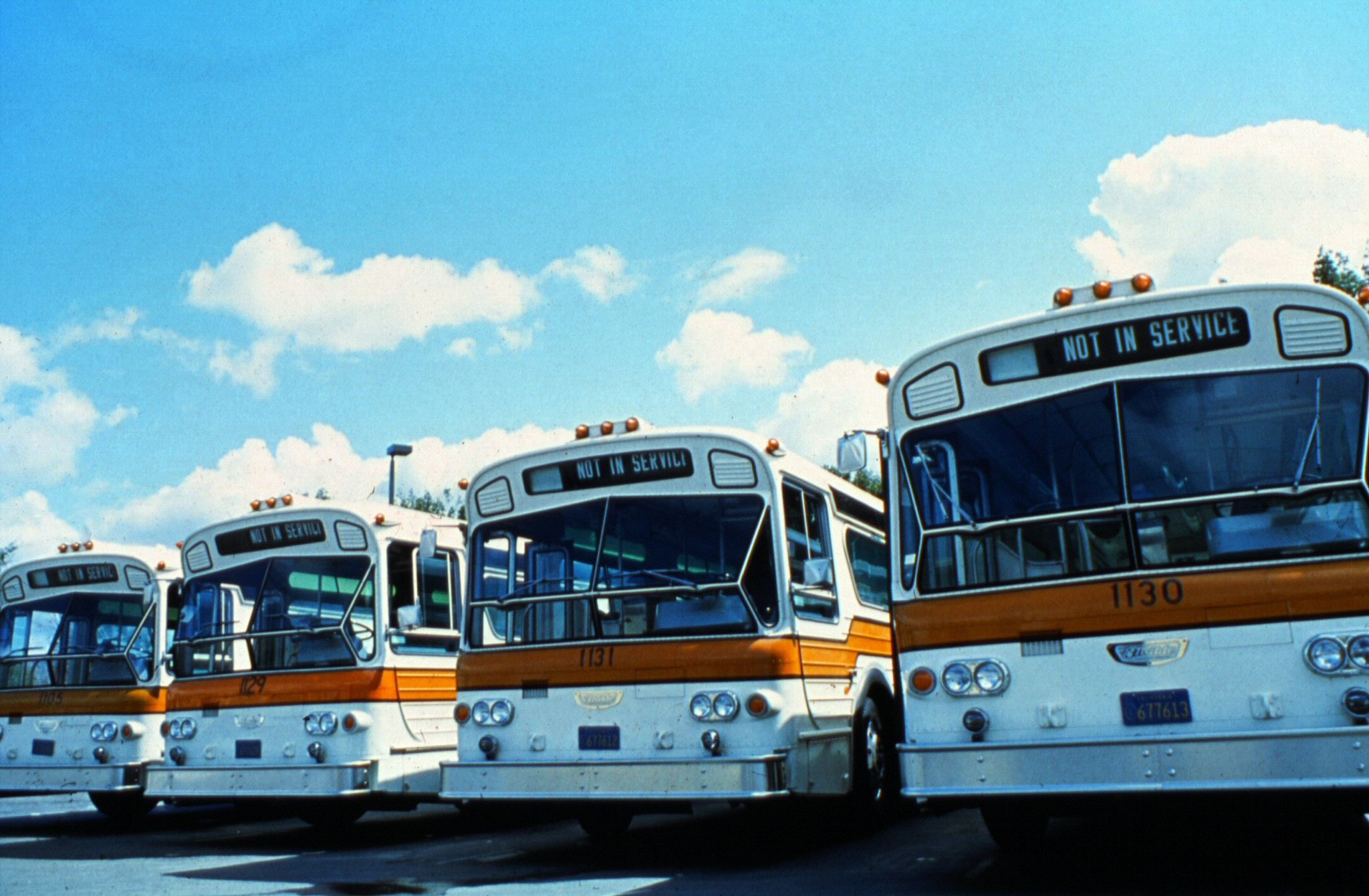 OCTD_buses,_1980s Orange california, Orange county