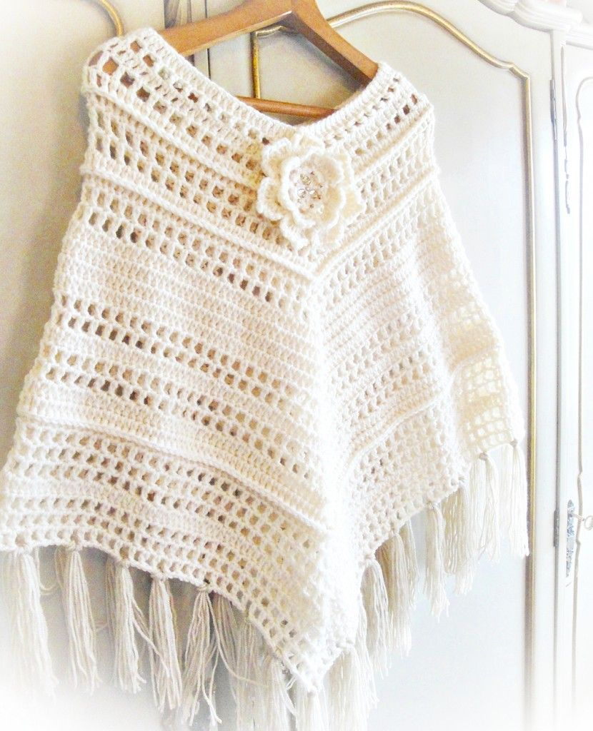 Quick Woman Poncho Crochet Pattern | Shawl & Ponchos | Pinterest ...