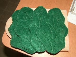Pieces by Polly: Let Us Eat Lettuce (Romaine Lettuce) - Felt Food Cook-Along - Day 20