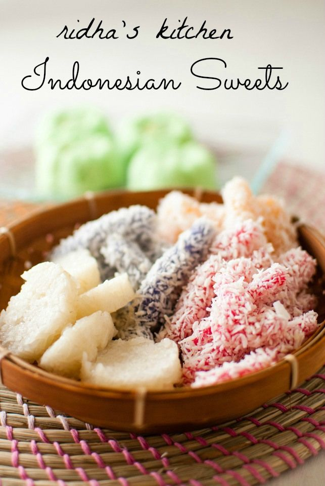 Traditional Indonesian Sweets Huur ons huis op Bali www.villabuddha.com aan het strand met personeel  € 1495,- per week