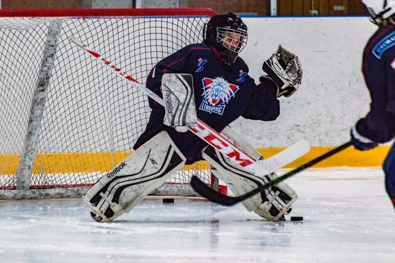 The Youth Hockey Goalie So Your Kid Wants To Be One Youth Hockey Hockey Goalie Hockey Goalie Gear