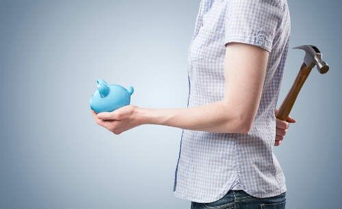 Here's a look at the pros and cons of using a 401K to pay for college tuition.