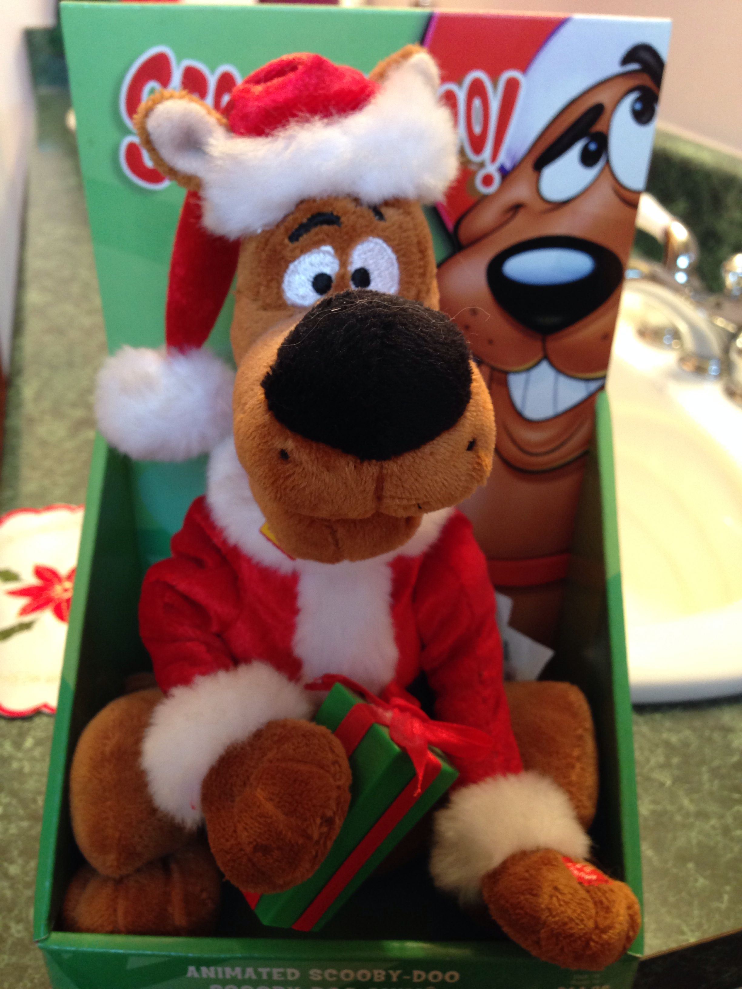 My husbands Scooby Doo I gave him for christmas. | Winter wonderland ...